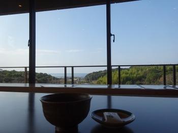 200103杉本美術館08、伊勢湾を望むレクチャールーム.JPG