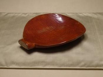 200104彦根城博物館24、多賀杓子菓子器.JPG