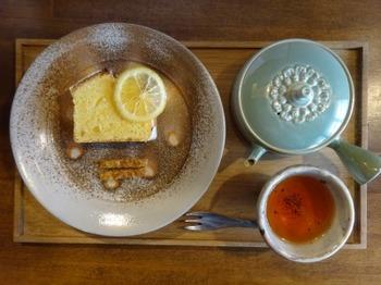 200214TSUNEZUNE常々06、知多半島レモンパウンドケーキと和紅茶.JPG