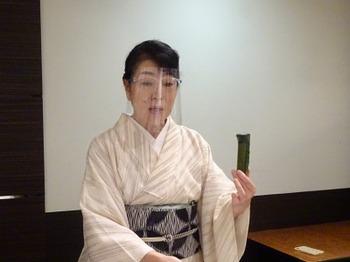 200819女将のおもてなし講座(モノトーンの会)09.JPG