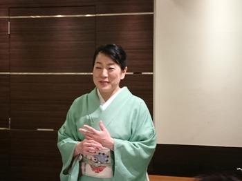 s_180509女将塾「愛される所作~若芽色の会」01.JPG
