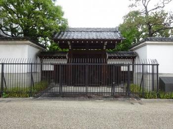 s_190611松阪あるき08、三井家発祥地.JPG