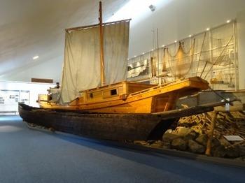 s_190906揖斐川歴史民俗資料館10、親船とせどり船.JPG