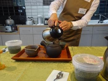 s_190921もっと知ろう常滑焼02、煎茶体験.JPG
