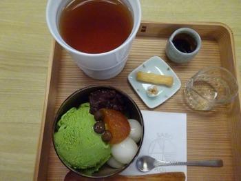 s_191004葵製茶06、抹茶クリームあんみつと和紅茶.JPG