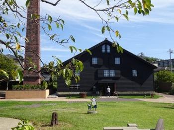 s_191005INAXライブミュージアム12、窯のある広場・資料館.JPG